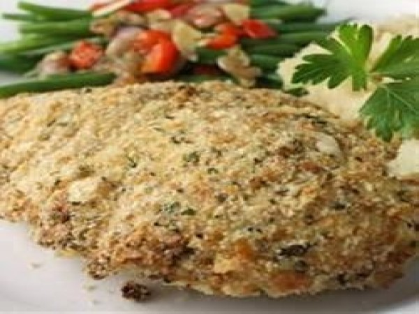 Chicken brests, baked with a coat of mayonese, bread crumbs, parmesian cheese and garlic paste