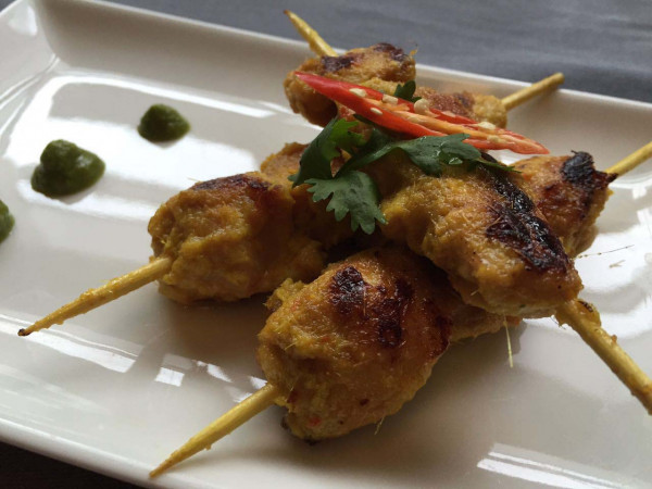 Extensive range of non-veg appetizer in chicken, pork, lamb and fish